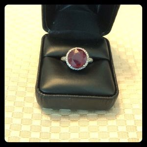 Jewelry - Ruby and Diamond engagement ring
